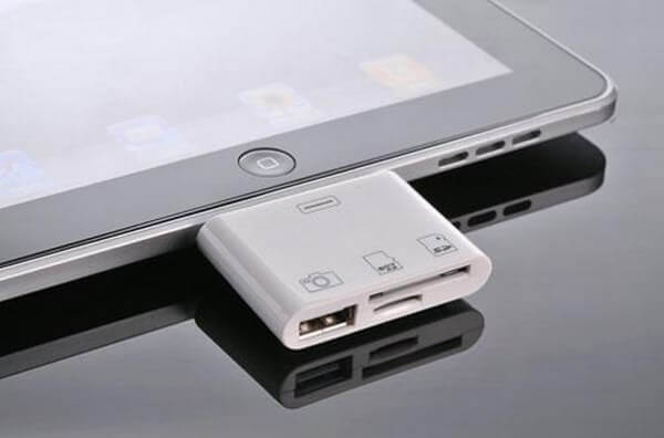 How to connect a USB flash drive to iPad