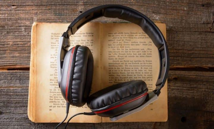 Широкий выбор программ для прослушивания аудиокниг