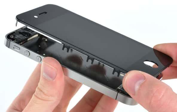 Замена экрана на смартфоне