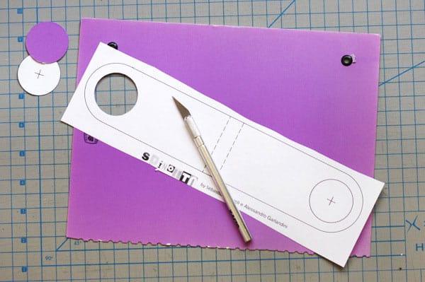 Изготовление подставок для телефона