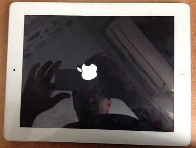 Включение iPad