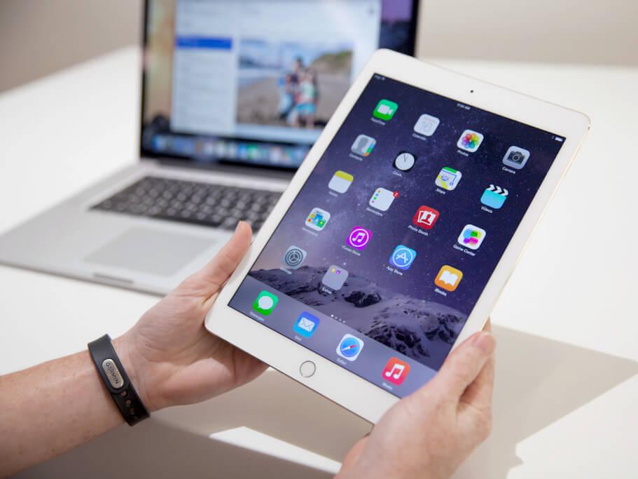 Можно ли и как эффективно подключить флешку к iPad